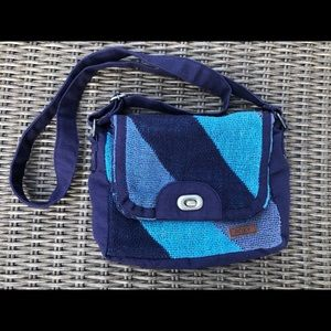 Roxy fabric cross body purse